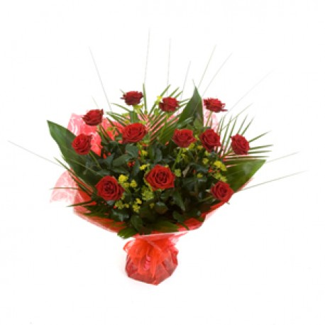 12 RED ROSES ( LOVE )